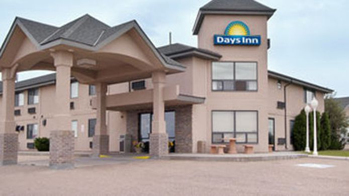 Exterior view DAYS INN SIDNEY