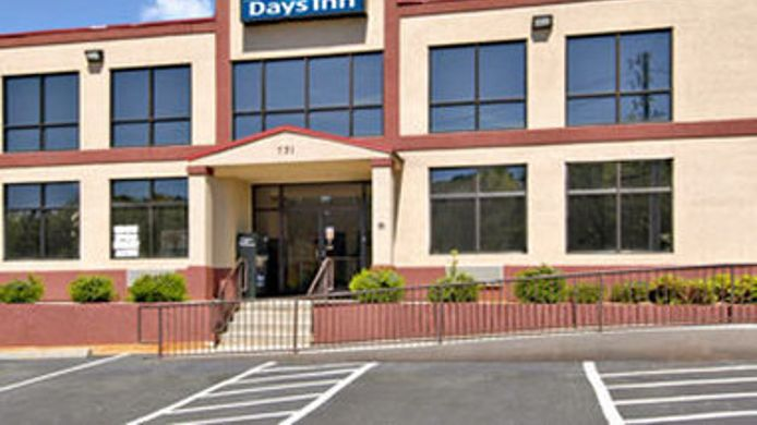 Exterior view DAYS INN LAWRENCEVILLE