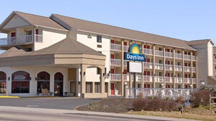 Exterior view DAYS INN APPLE VALLEY