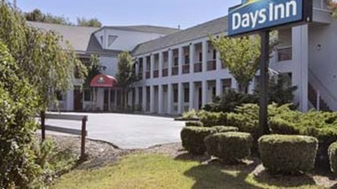Exterior view DAYS INN OLD SAYBROOK