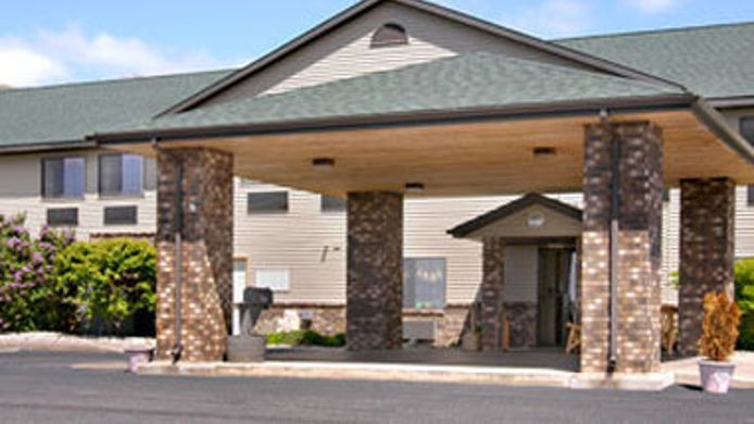 Exterior view DAYS INN IRON MOUNTAIN