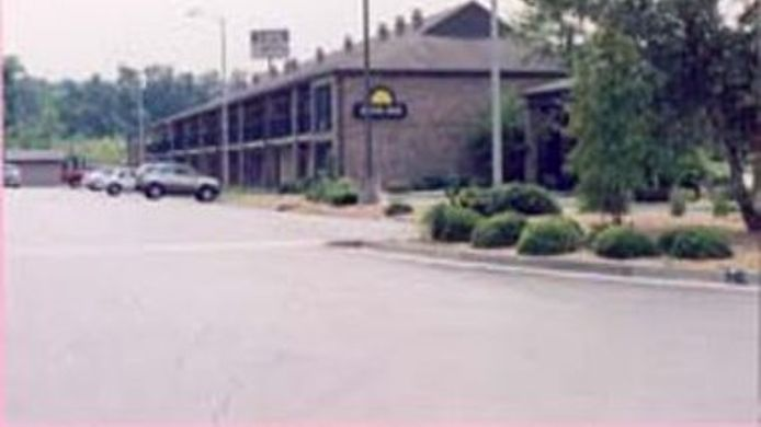 Buitenaanzicht DAYS INN FORT PAYNE