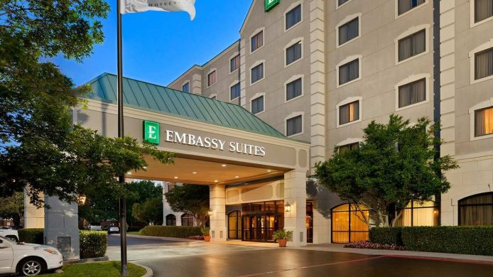 Exterior view Embassy Suites by Hilton Dallas Near the Galleria