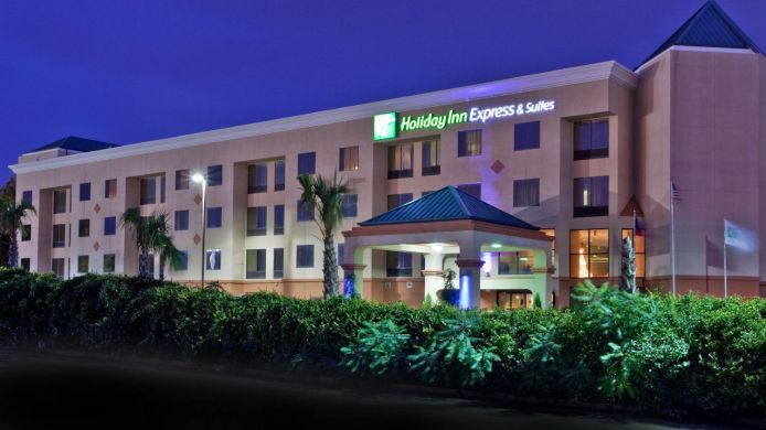 Exterior view Holiday Inn Express & Suites LAWRENCEVILLE