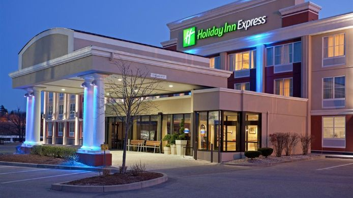 Buitenaanzicht Holiday Inn Express BRAINTREE