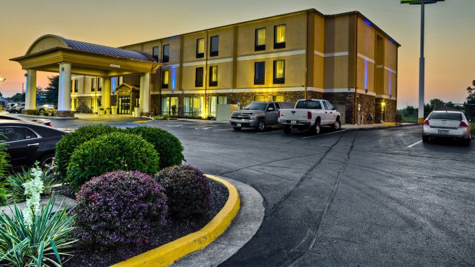 Exterior view Holiday Inn Express CHILLICOTHE EAST