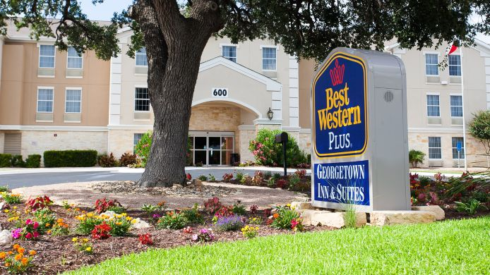 Exterior view BEST WESTERN PLUS GEORGETOWN