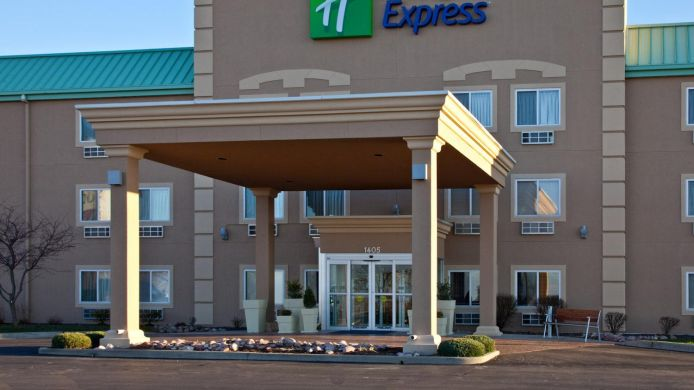 Exterior view Holiday Inn Express & Suites HUDSON-I-94