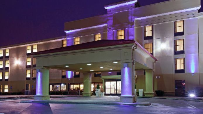 Buitenaanzicht Holiday Inn Express INDIANAPOLIS SOUTH