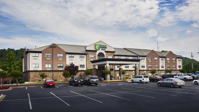 Buitenaanzicht Holiday Inn Express BIRMINGHAM SOUTH - PELHAM