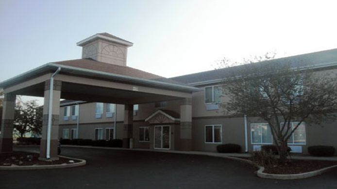 Exterior view Econo Lodge Shelbyville