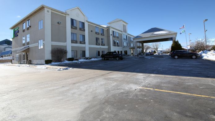 Exterior view Holiday Inn Express & Suites SYCAMORE
