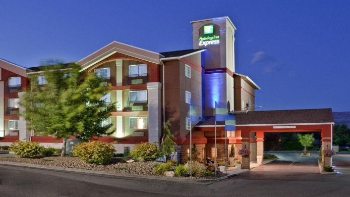 Buitenaanzicht Holiday Inn Express WENATCHEE