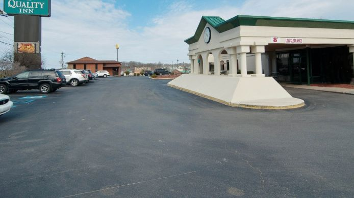 Exterior view Quality Inn Beckley