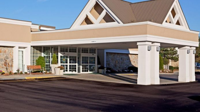 Exterior view Holiday Inn MANSFIELD-FOXBORO AREA