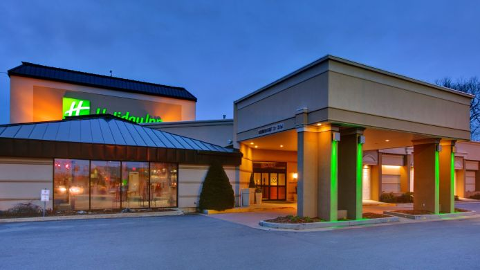 Exterior view Holiday Inn BURLINGTON