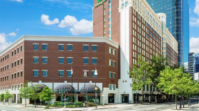 Buitenaanzicht Holiday Inn CHARLOTTE-CENTER CITY