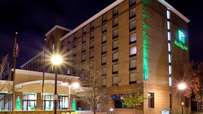 Buitenaanzicht Holiday Inn LYNCHBURG