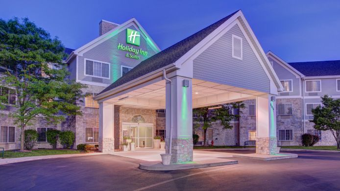 Exterior view Holiday Inn Hotel & Suites MILWAUKEE AIRPORT