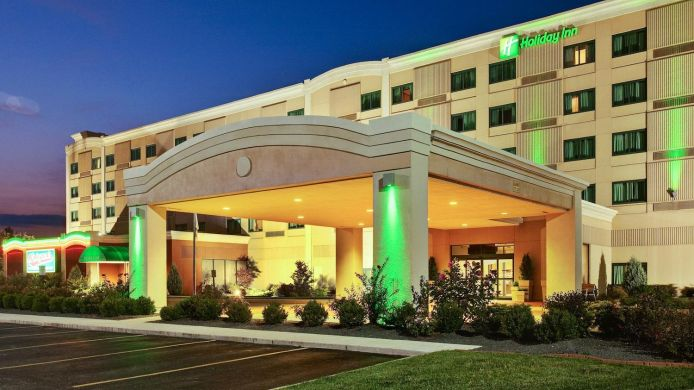 Exterior view Holiday Inn MOUNT VERNON