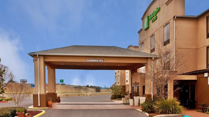 Exterior view Holiday Inn Hotel & Suites OPELOUSAS