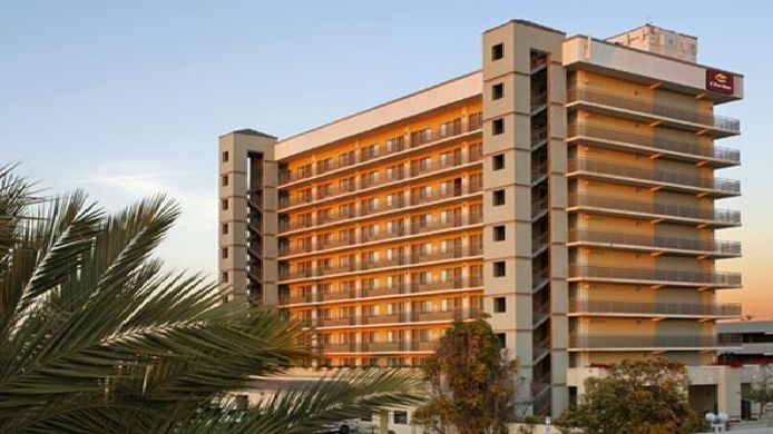 Exterior view Clarion Hotel National City San Diego South