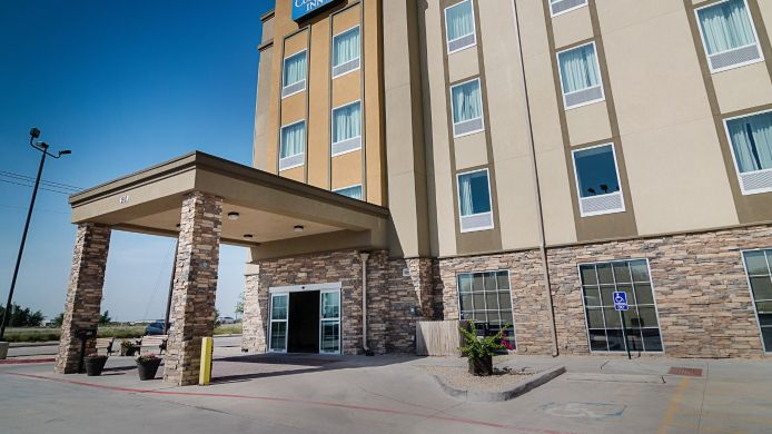 Exterior view Comfort Inn Midland
