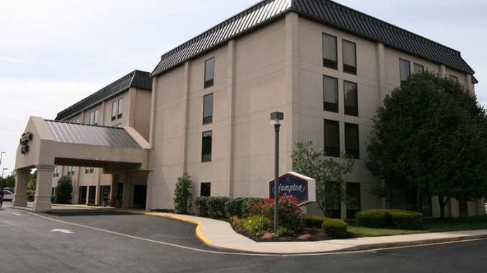 Exterior view Hampton Inn Dover