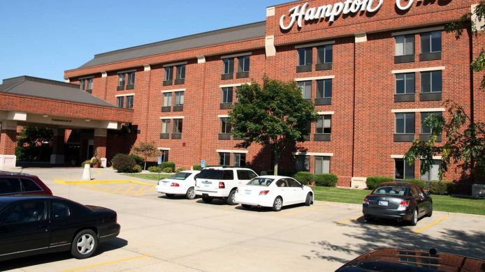 Exterior view Hampton Inn Des Moines-West