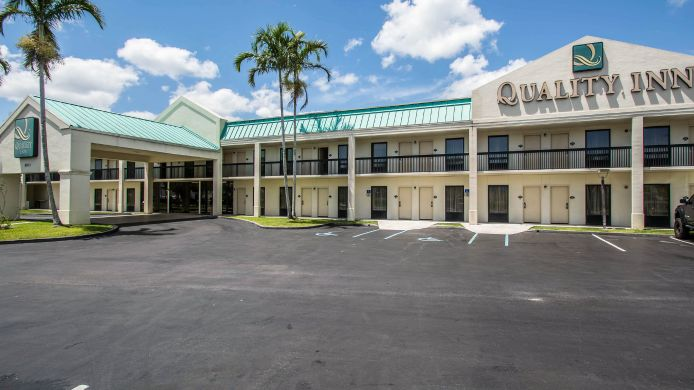 Buitenaanzicht Quality Inn Fort Pierce