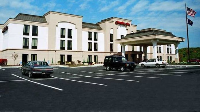 Exterior view Hampton Inn Greensburg