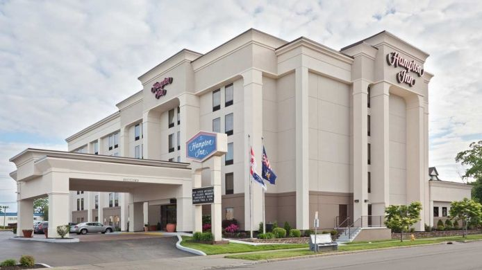 Exterior view Hampton Inn Niagara Falls USA