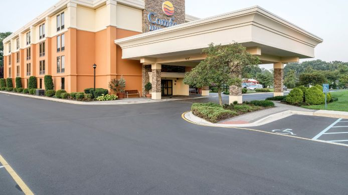 Buitenaanzicht Comfort Inn & Suites Newark - Wilmington