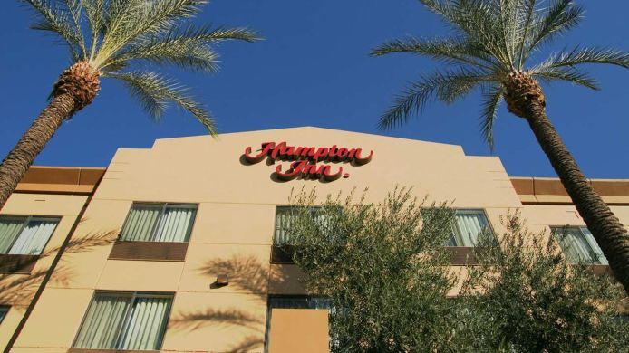 Buitenaanzicht Hampton Inn Phoenix Airport North