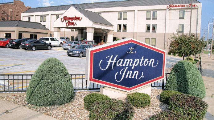 Buitenaanzicht Hampton Inn Quincy