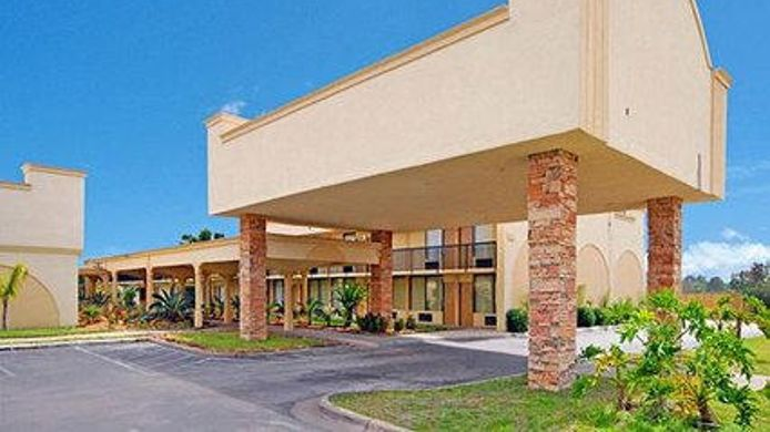 Buitenaanzicht Econo Lodge Baytown