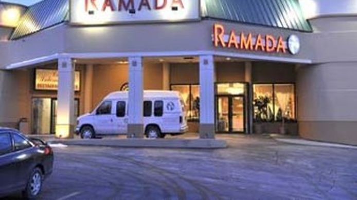 Exterior view Ramada Newburgh/West Point
