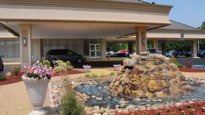Exterior view Holiday Inn EAST WINDSOR - CRANBURY AREA