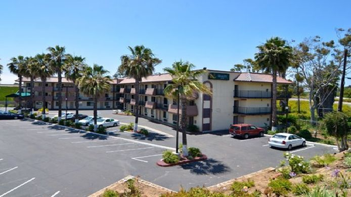 Exterior view Quality Inn San Diego I-5 Naval Base
