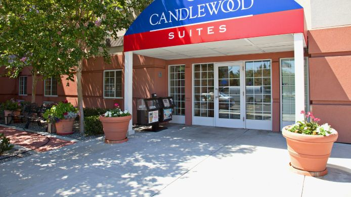 Exterior view Candlewood Suites GARDEN GROVE/ANAHEIM AREA