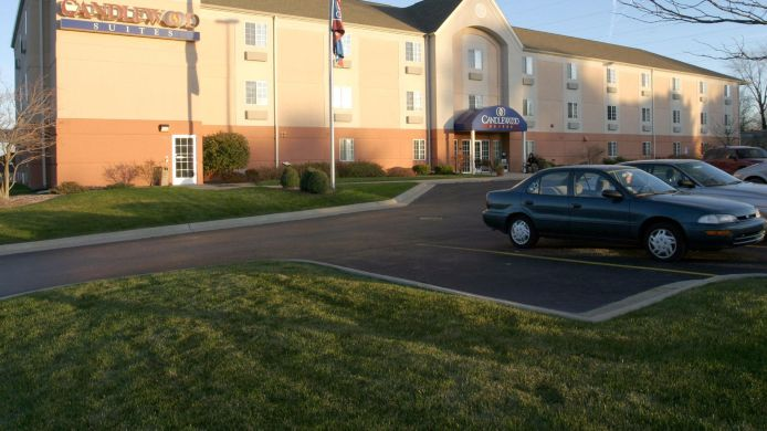 Exterior view Candlewood Suites ROCKFORD