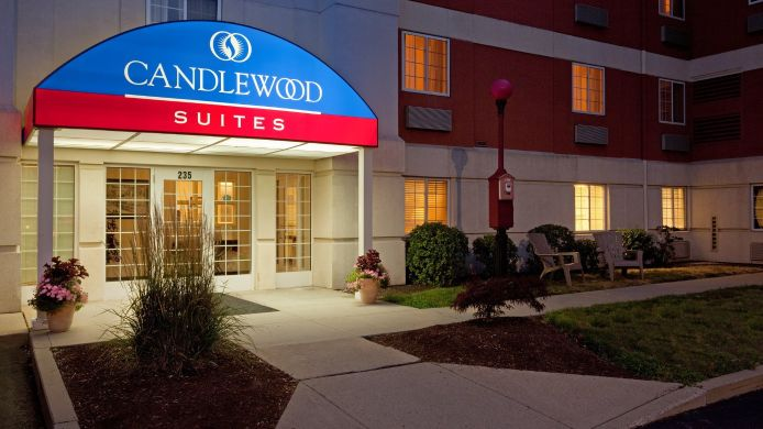 Exterior view Candlewood Suites BOSTON-BRAINTREE