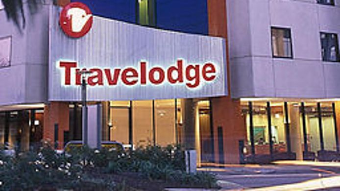 Exterior view TRAVELODGE SOUTHBANK