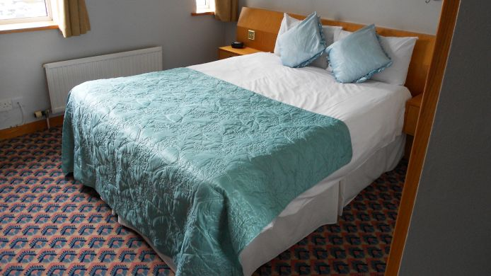 Double room (standard) Salterns Harbourside