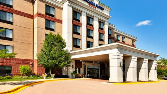 Exterior view SpringHill Suites Chicago Schaumburg/Woodfield Mall