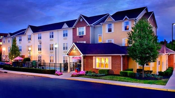 Exterior view TownePlace Suites Mt. Laurel