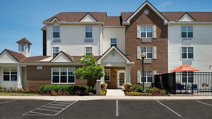 Exterior view TownePlace Suites Columbus Airport Gahanna