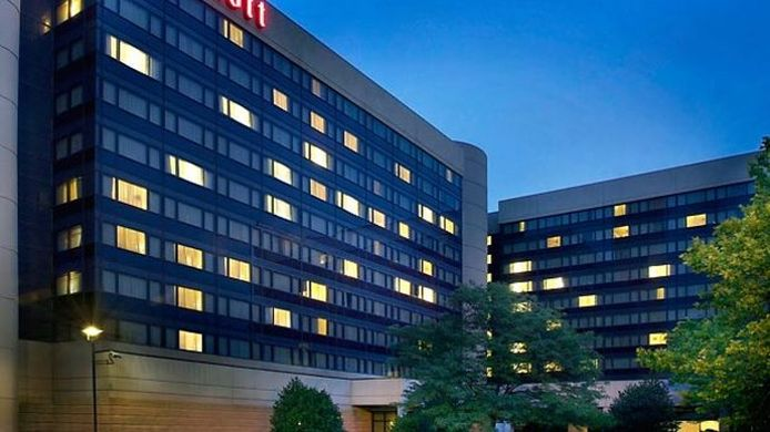 Buitenaanzicht Newark Liberty International Airport Marriott