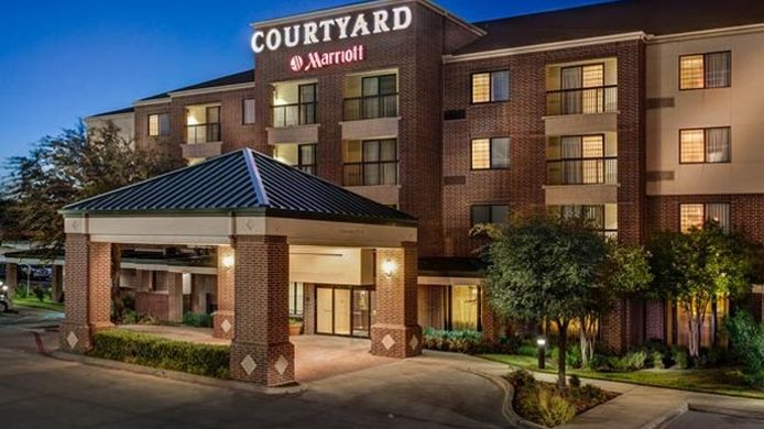 Exterior view Courtyard Dallas DFW Airport South/Irving