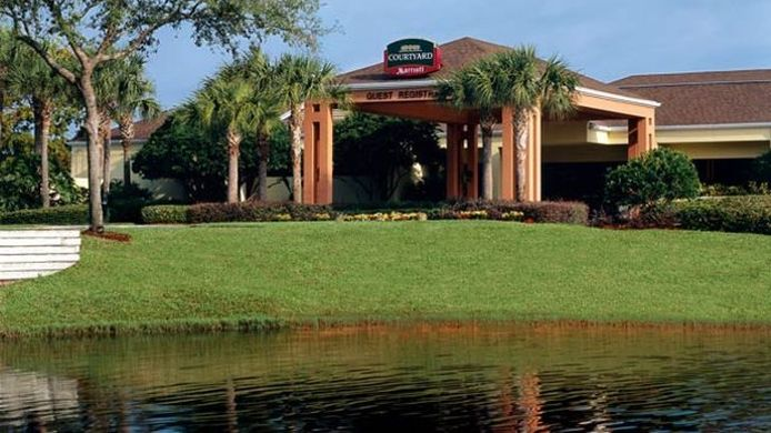 Buitenaanzicht Courtyard Orlando Lake Buena Vista at Vista Centre